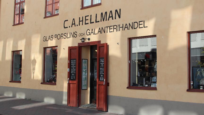 Hellmanska Gården - Bosättningsaffären 9eefd20eb22b4